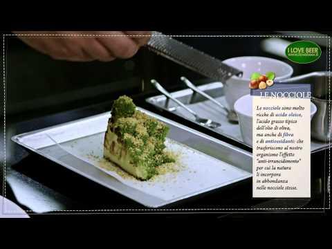 Il menù perfetto // Broccolo romano con crema di nocciole e acetosella