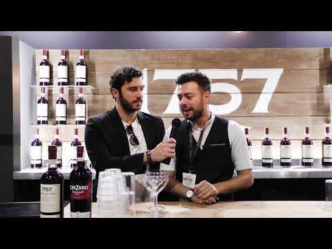 Daniele Montorfano allo stand di Cinzano ad Aperitivi & Co Experience 2019 HD