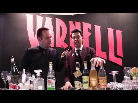 Vincenzo Losappio presenta la gamma di Varnelli a Aperitivi&Co Experience