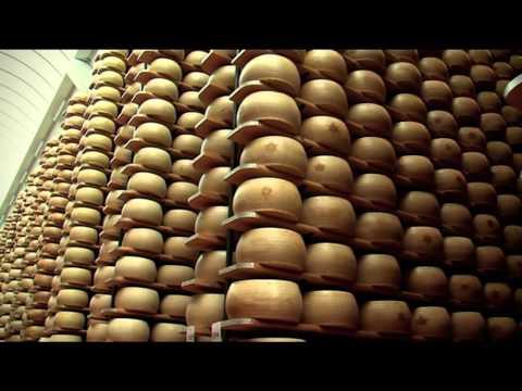 Grana Padano: storia e produzione del formaggio DOP più venduto al mondo