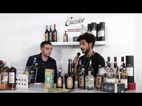 Elia Zocco di amaro Nepèta - Stand di Cuzziol al Roma Bar Show