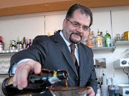 E' l'ora di AperitiVIN, l'aperitivo a base di vino e liquore  che sarà presentato al Vinitaly  dal campione del mondo dei barman, Ettore Diana