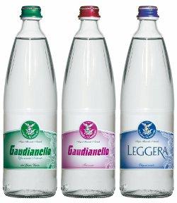Il gruppo norda presenta le nuove bottiglie liberty dell for Tipi di rubinetti dell acqua esterni