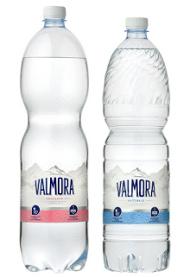 Nuovo look per Acqua Valmora: un importante restyling coinvolge l'intera gamma,  dalla grafica delle etichette ai fardelli