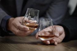 The Glenlivet del gruppo Pernod Ricard Italia conquista due medaglie d'oro al Milano Whisky Festival 2012