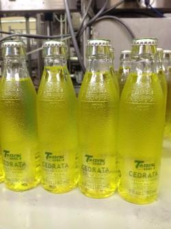 Cedral Tassoni investe nell'etichettatrice Linerless di P.E. Labellers per lo sbarco negli Stati Uniti