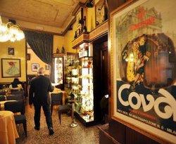 Louis Vuitton-Moet Hennessy conquista il «CAFFÈ COVA» di Milano