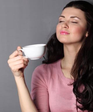 Il consumo regolare di caffè riduce il rischio di depressione e suicidio