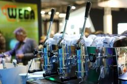 WEGA MACCHINE PER CAFFÈ riscrive la coffee experience