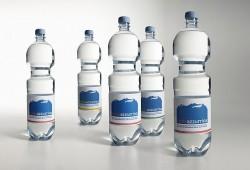 L'acqua FONTE AZZURRINA, acquisita da Sorgente Tesorino, è pronta a ritornare  sul mercato in Toscana