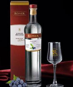 RONER distillati e Luis Haller: le armonie della perfezione