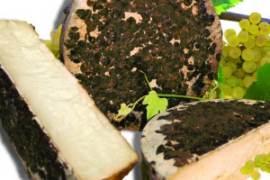Il-formaggio-di-Bufala-ubriacato-al-Glera