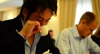VIDEO: Manuela Violoni, come si assaggia l'espresso?