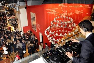 illy inaugura il primo flasghip store a Milano