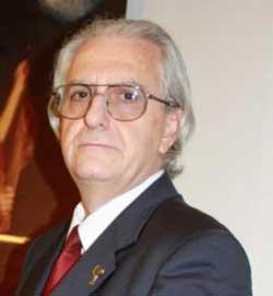 PERRIER brinda all'esordio letterario di Pier Luigi Nanni