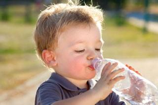 ACQUA & SALUTE: l'acqua minerale è un prodotto sicuro e di qualità