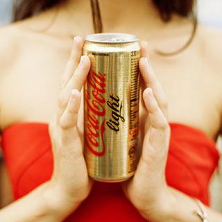 Con Coca-Cola Light vinci il mondo Trussardi
