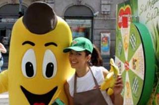 Il Summer Tour 2015 DEL MONTE fa festa con Expo: frutta e succhi per grandi e bambini