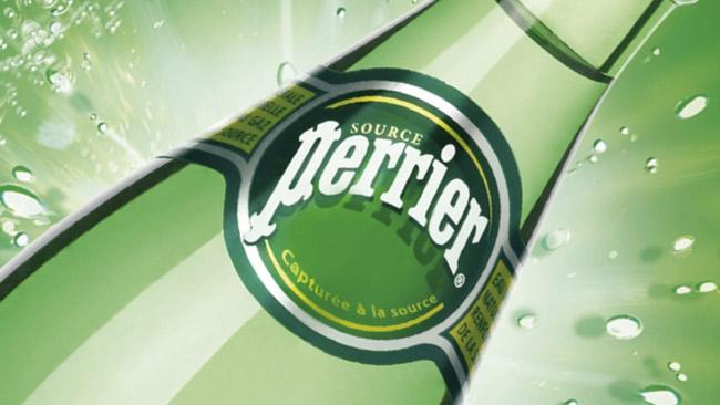 Perrier---Logo-su-bottiglia