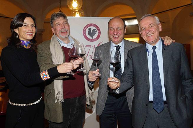 Niccolò Capponi, Storico, Giuseppe Liberatore direttore Generale del Consorzio Vino Chianti Classico, e di nuovo il Presidente Sergio Zingarelli