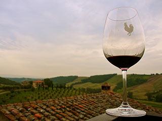 I vini di Toscana al top delle Guide trainati da denominazioni meno conosciute