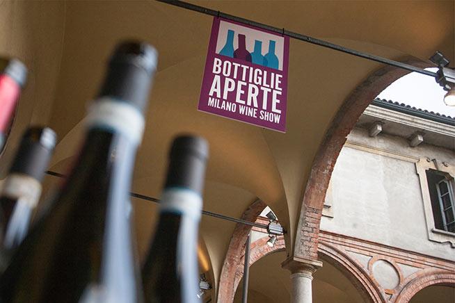Bottiglie-Aperte-milano-wine-show-palazzo-delle-stelline