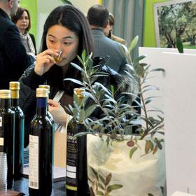 OLIO CAPITALE conferma il suo amore per l'extra vergine d'oliva e ritorna a Trieste dal 5 al 8 marzo 2016