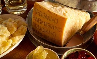 Le identità del PARMIGIANO REGGIANO incontrano il mondo della ristorazione e della gastronomia