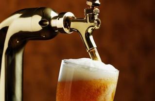 Cultura della birra: le regole d'oro per il SERVIZIO DELLA BIRRA