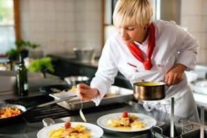 ristorazione-preparazione-pasti