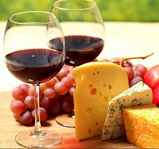 Mentre Cantine Aperte Spendono Italia Enoturismo Chiacchere Mn/€ Movimento Turismo Del Vino Citè Du Vin Francia