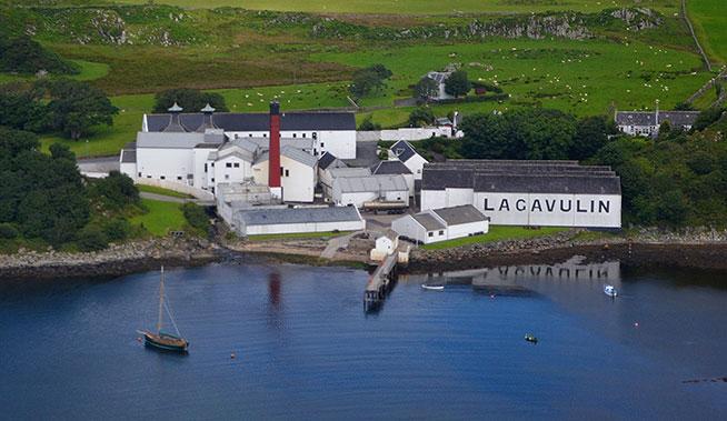 lagavulin-distilleria-grande