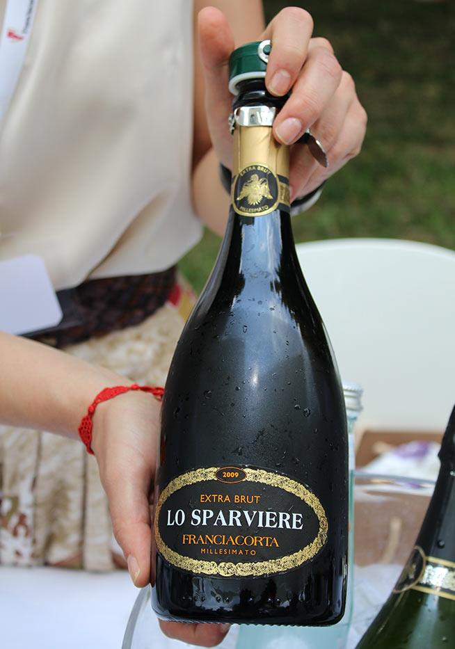 lo-sparviere-franciacorta-extra-brut