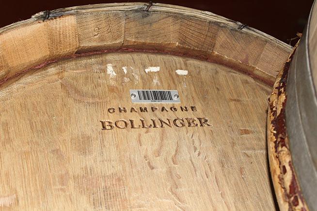 Botte Bollinger unica con codice a barre identificativo
