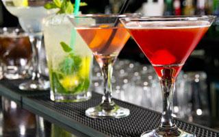 Top 50 dei LOCALI PIÙ AMATI in Italia: cocktail bar, birrerie, shot bar, speakeasy…