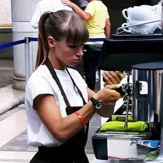 Francesca Naum vince la gara preliminare di Espresso Italiano Champion '16 ospitata da DERSUT CAFFÈ