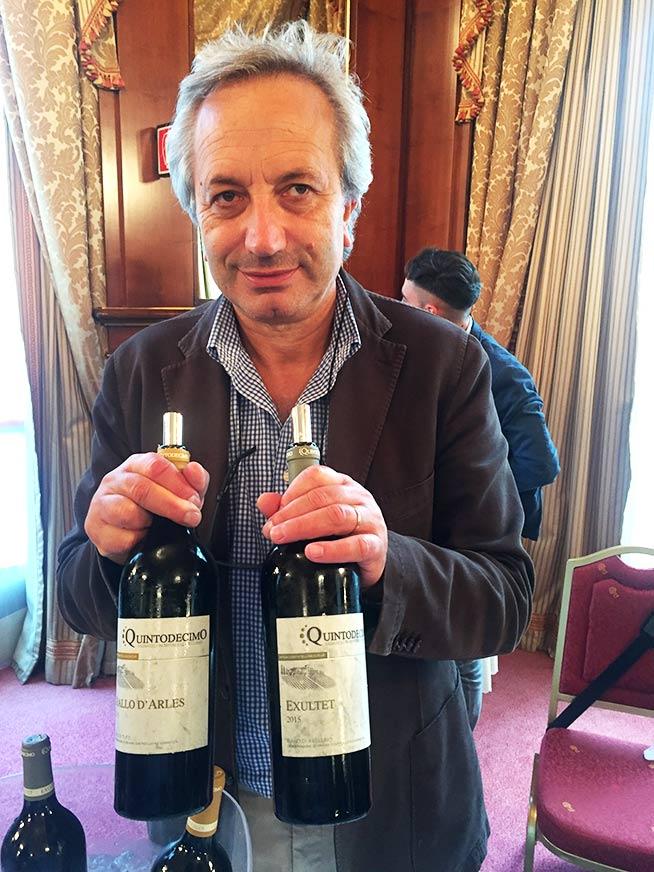 Professor Luigi Moio dell'azienda vinicola Quintodecimo