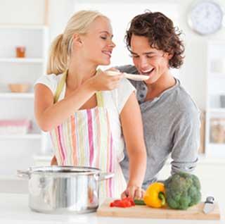 FOOD & LOVE: in che modo gli italiani utilizzano il cibo per conquistare il partner
