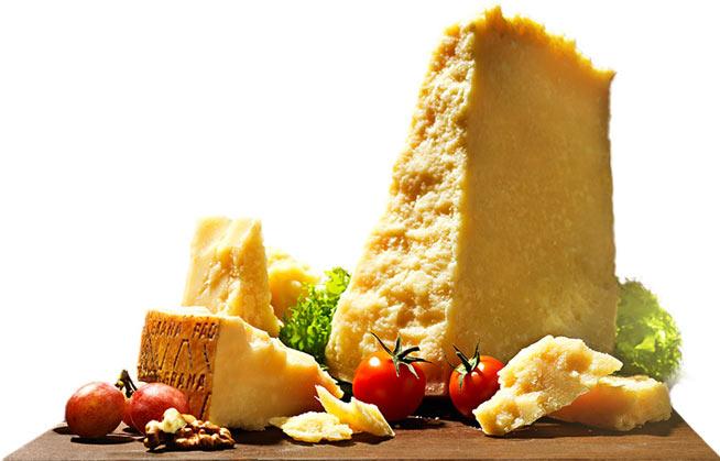 grana-padano-formaggi_classici-granapadano_stagionato-001-con-pomodori