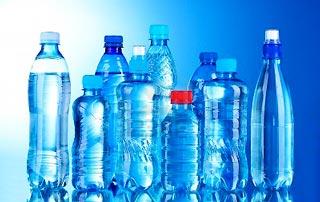 Record nella storia USA: il consumo di acque in bottiglia supera quello delle bibite gassate