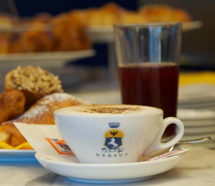 Dersut-caffè-cappuccio