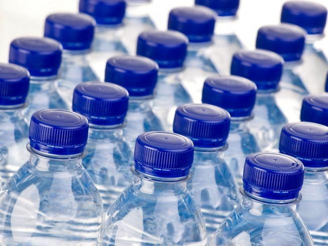 minerali acqua bottiglie