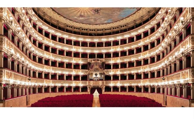 Teatro Teatro San Carlo L'aromatika Borbone Caffè Partner Napoli Carlo Espresso Napoletano Caffè Borbone