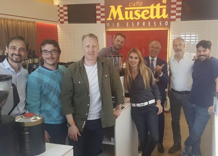 Nella foto i partecipanti: Alessandro Galtieri, Simone Cattani, Paul Meikle- Janney, Andrea Sguazzin, Chiara Bergonzi, Luigi Lupi, Gabriele Cortopassi e Davide Cobelli.