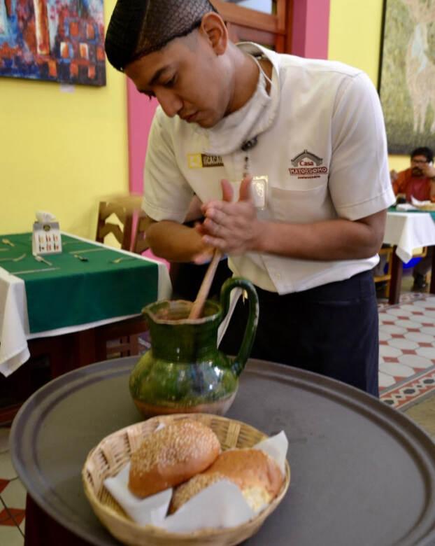 Messico preparazione cioccolata