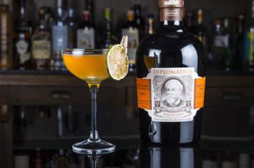 Cocktail Royal Bermuda con Diplomático Mantuano