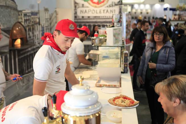 Pizza napoletana all'Artigiano in Fiera