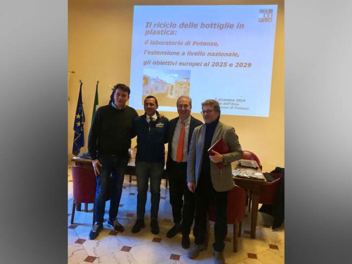 da sinistra: l'Assessore Galella, il Sindaco Guarente, il nostro Presidente Ciotti e Roberto Spera di Acta
