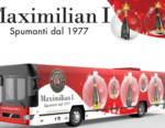 Maximilian I: la campagna pubblicitaria natalizia prende il bus