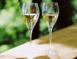 Crollo dello Champagne: previsto per il 2020 un calo di 100 Mio di bottiglie, pari a 1,7 Mrd €